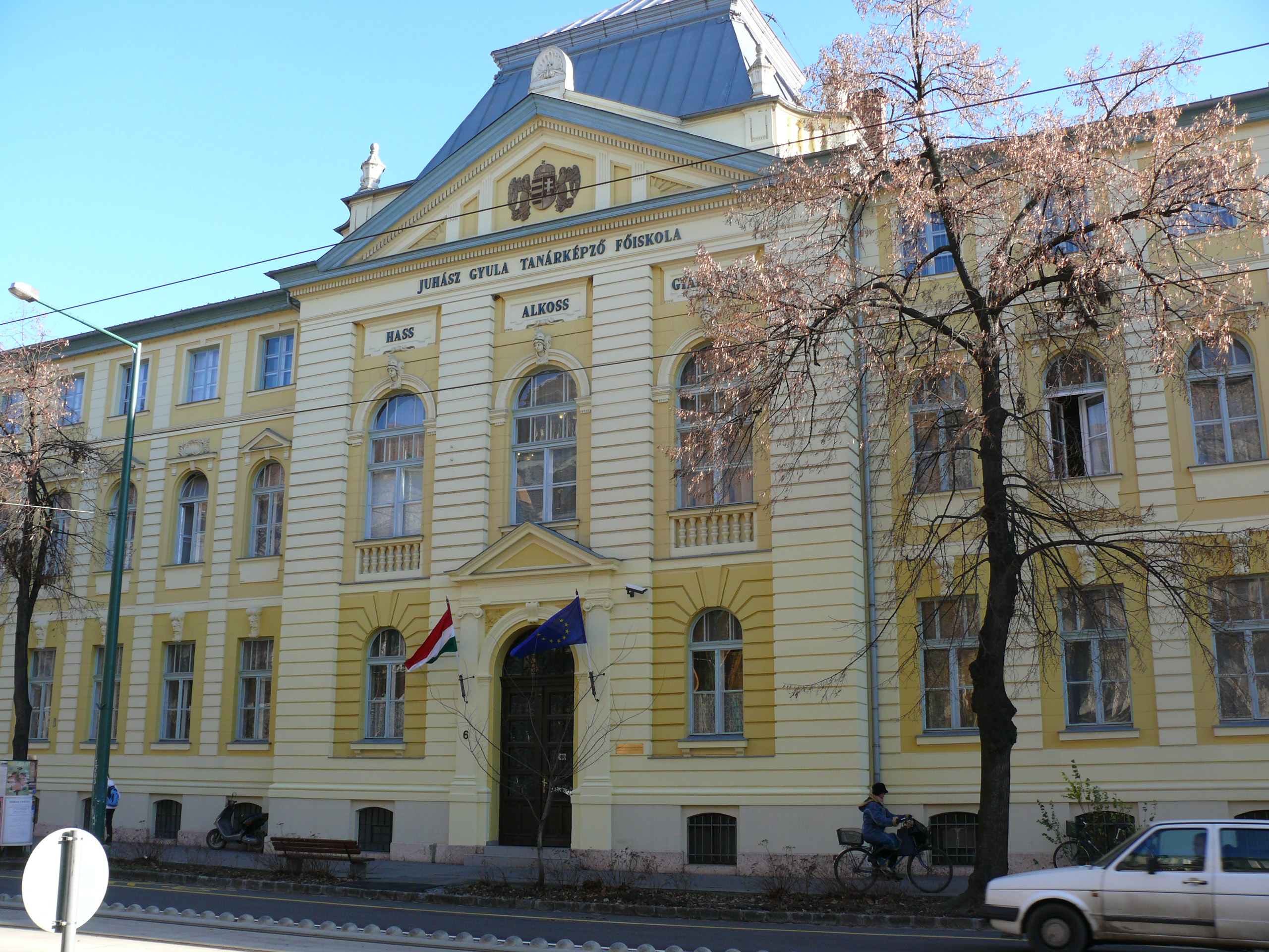 Interactive Science Knowledgestore : Szeged Tourinform : http ...
