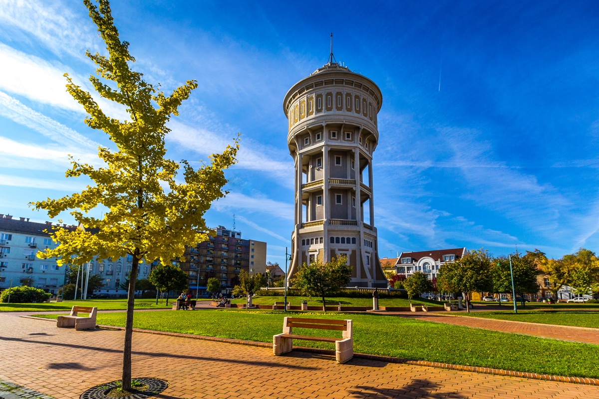 Water Tower In St Steven Square Szeged Tourinform